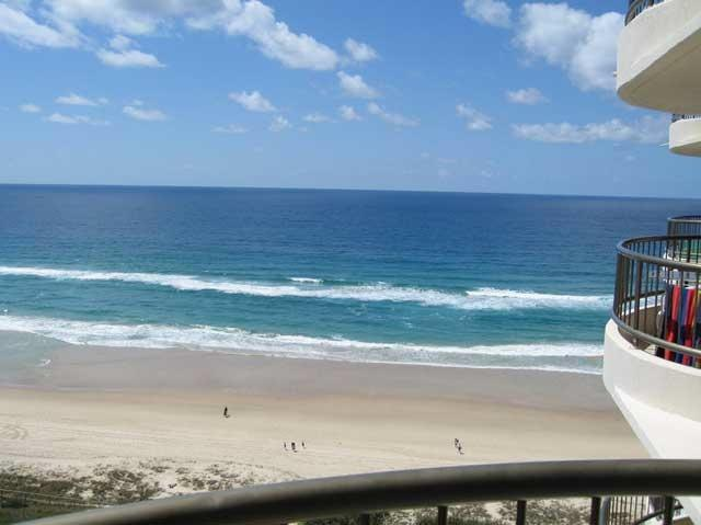 Beach view from lounge room - Absolute Beachfront at Broadbeach. - Gold Coast - rentals
