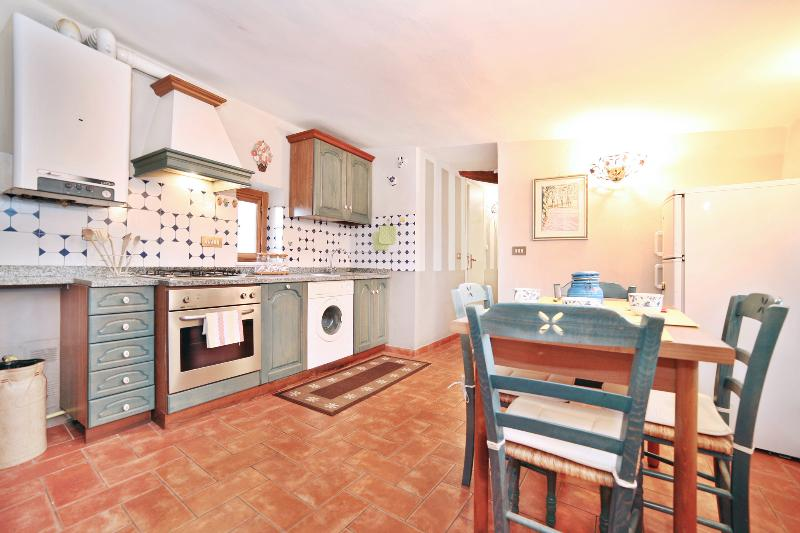 Vacation Rental in Lucca at Le Torri - Image 1 - Lucca - rentals