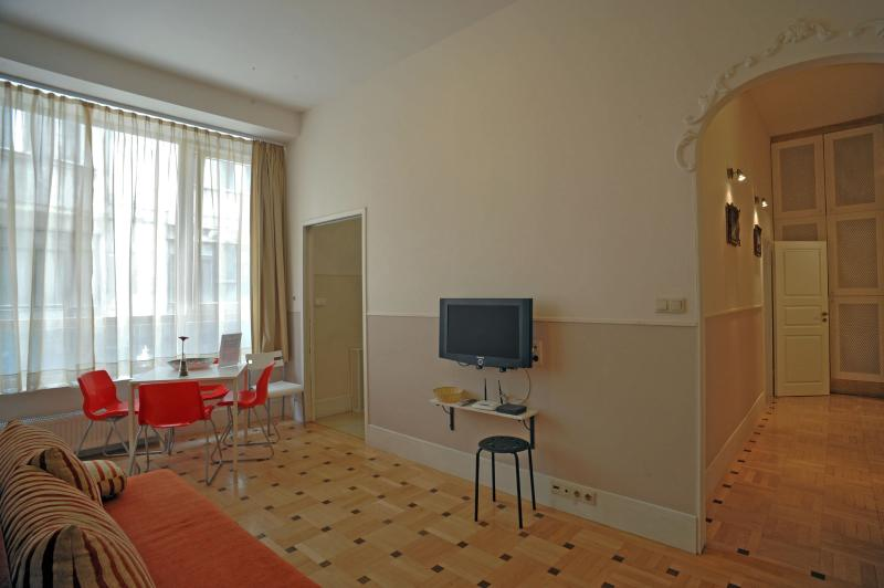 Cosy apartment for up to 10ppl - feelBudapest 90 sqm 2 baths 9 sleeps - Budapest - rentals