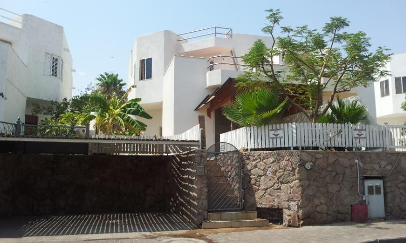 The Cottage - Eilat Short Rental. 7 MN WALK FROM THE BEACH. - Eilat - rentals