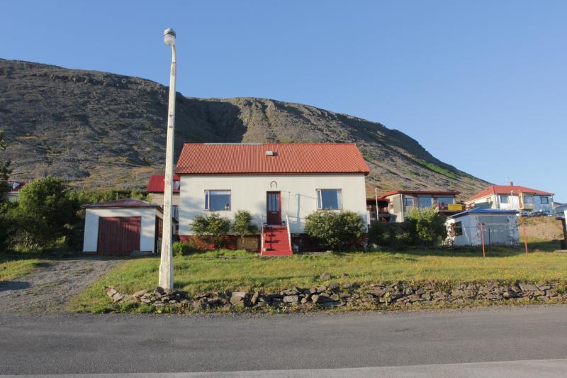 The Cottage - Iceland-Westfjords,Patreksfjordur,Latrabjarg, - Patreksfjordur - rentals