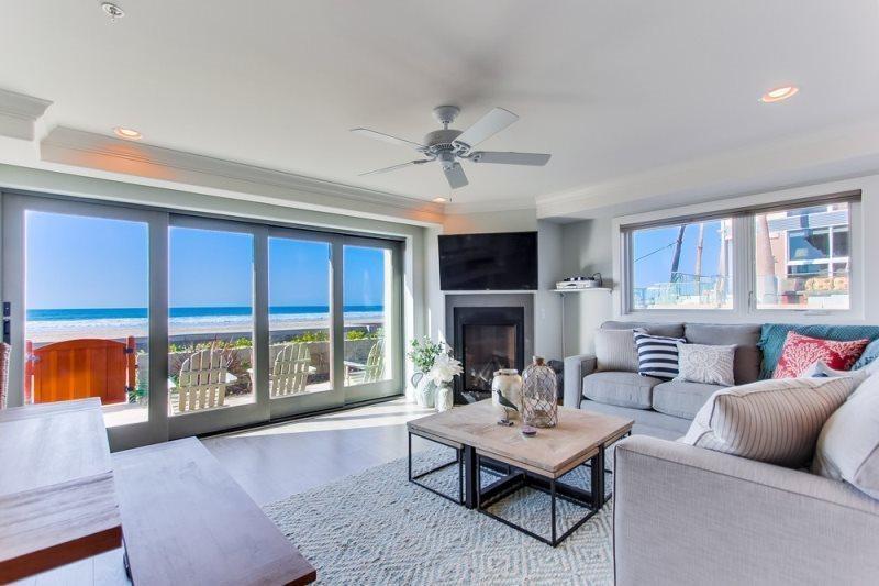 Living Room  - San Juan 1- NEW Oceanfront Luxury 3BR Home - San Diego - rentals