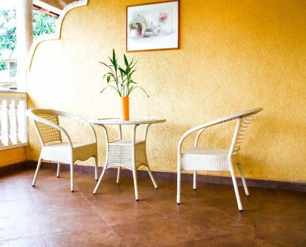 Large, Spacious Balcony - Amour, 4-Guestroom Villa Retreat - Arpora - rentals