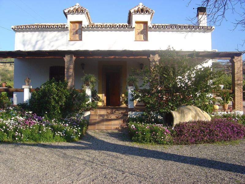 Front door and porch - Romantic Farmhouse La Gavia, Pool-A/C-Jacuzzi - Alora - rentals