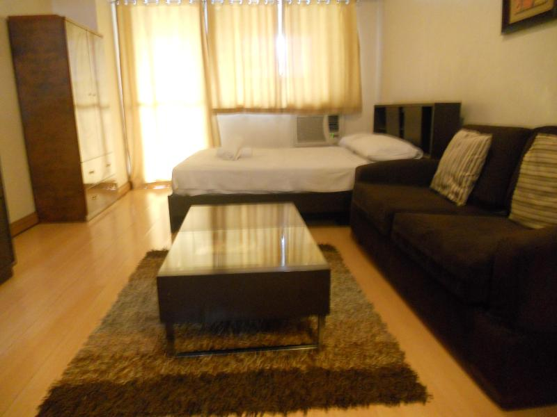 Apartment Beside Greenbelt Mall - Image 1 - Makati - rentals