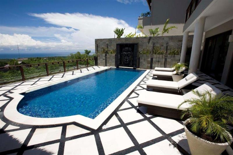 Pool View - Royalty Queen Villa 6BR, car + driver, Jimbaran - Jimbaran - rentals