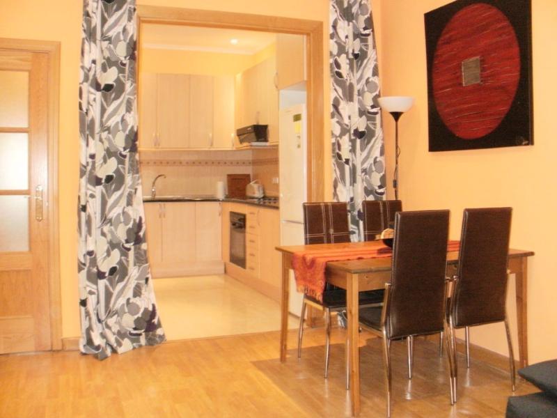 salón comedor - Apartamento en el corazón de Gracia (BCN) - Barcelona - rentals
