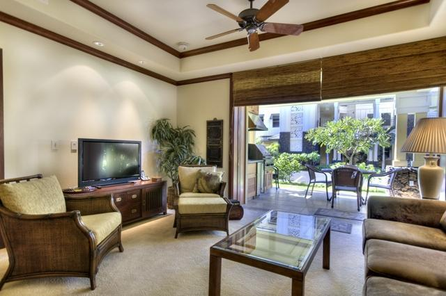 Living Room (Look at the beautiful glass sliding doors) - Beachfront for Less!  $200 for select 2015 dates! - Waikoloa - rentals
