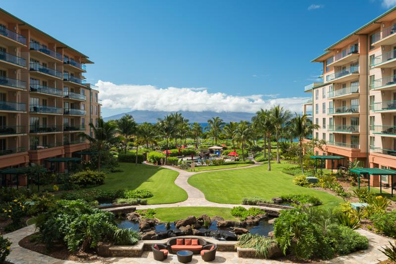 View of Inner Courtyard - Beautiful OCEAN VIEW 3 BD ! Sleeps 8 - Ka'anapali - rentals