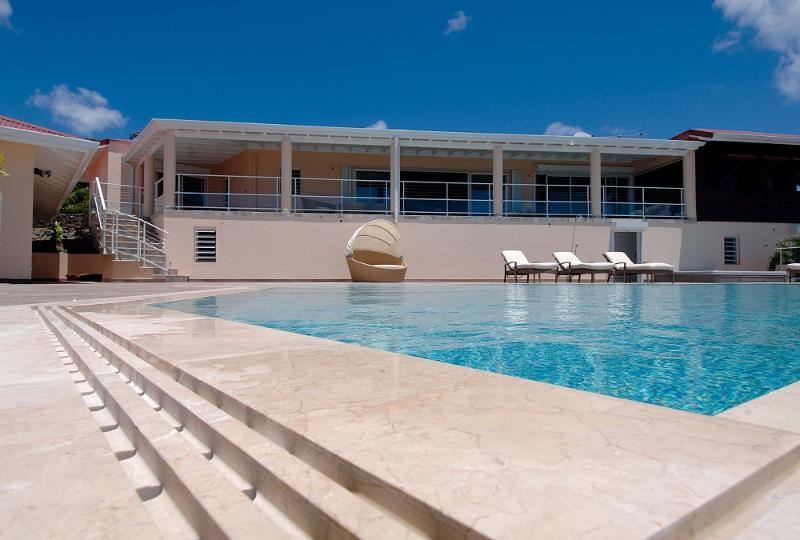 Combination of Luxury and Relaxation - Image 1 - Saint Martin - rentals