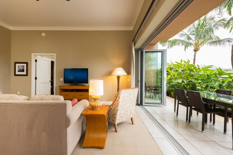 Living Room / Lanai Area - Ground Floor 2-BD - Ka'anapali - rentals