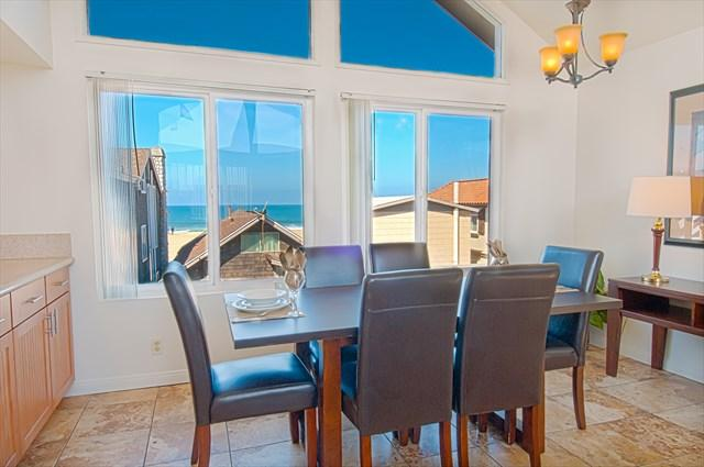 Dining Area showing view to the beach - 107 B 33rd Street- Upper 3 Bedroom 2 Bath - Newport Beach - rentals