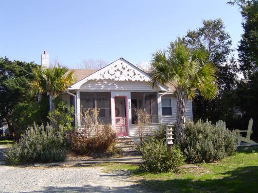 WP02: Willis Garden - Image 1 - Ocracoke - rentals
