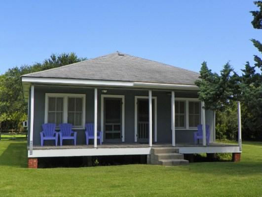 CR09: Lighthouse Neighbor - Image 1 - Ocracoke - rentals