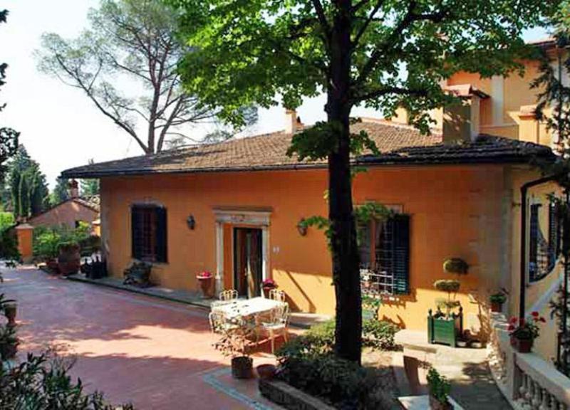 Over view of Villa del Casale - Villa del Bianca - Florence - rentals