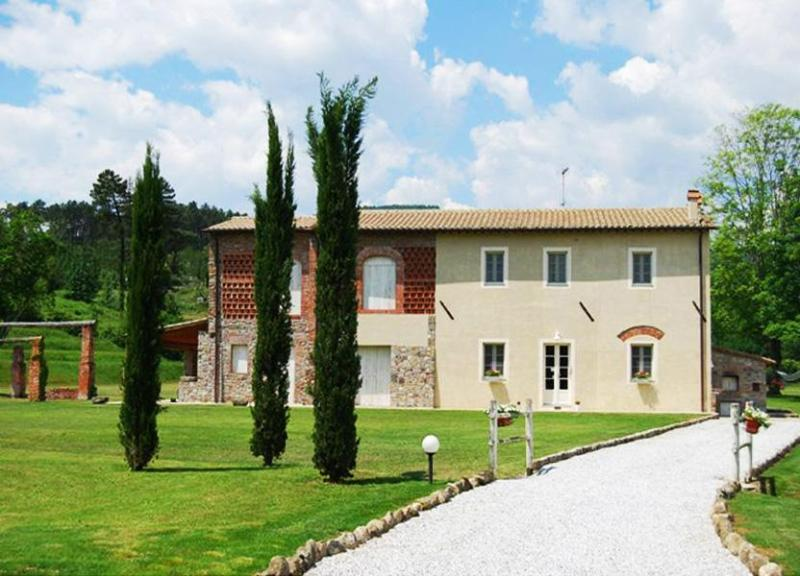 Villa Baronessa - Image 1 - Pieve Santo Stefano - rentals