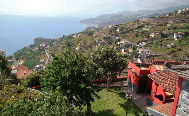 Holiday villa with 3 apartments  with 75m2 of living space plus balcony - PT-1077192-Ribeira Brava - Image 1 - Ribeira Brava - rentals