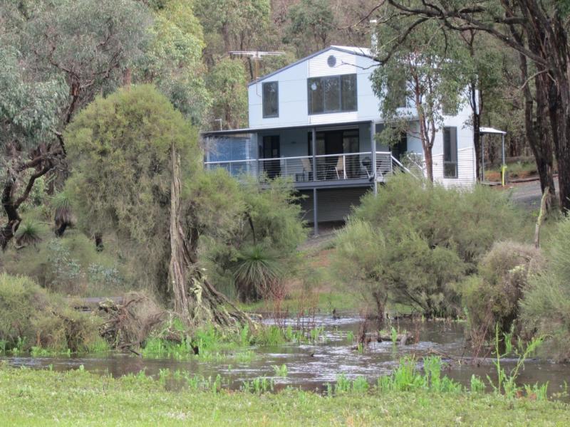 Secluded Luxury - Coratino Chalet, Hidden Grove Retreat - McAlinden - rentals