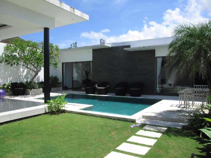 Budget Villa Design Seminyak Bali - Image 1 - Seminyak - rentals