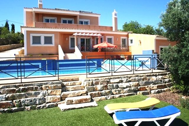 Luxury Algarve villa, heated pool, privacy, magnificent ocean view, in hills near S. Bras de Alportel - Image 1 - Bordeira - rentals