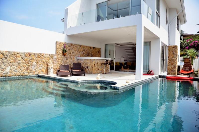 Luxury Pool Villa,Sunset Seaview,near the Beach - Image 1 - Koh Samui - rentals