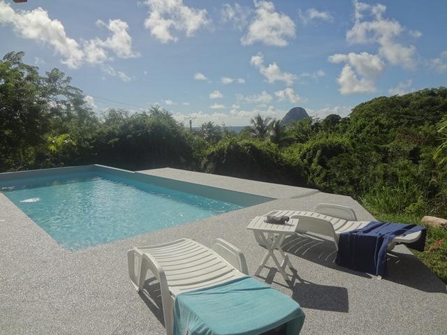 La piscine - VaguesDuDiamant - Muscade Gite - Le Diamant - rentals