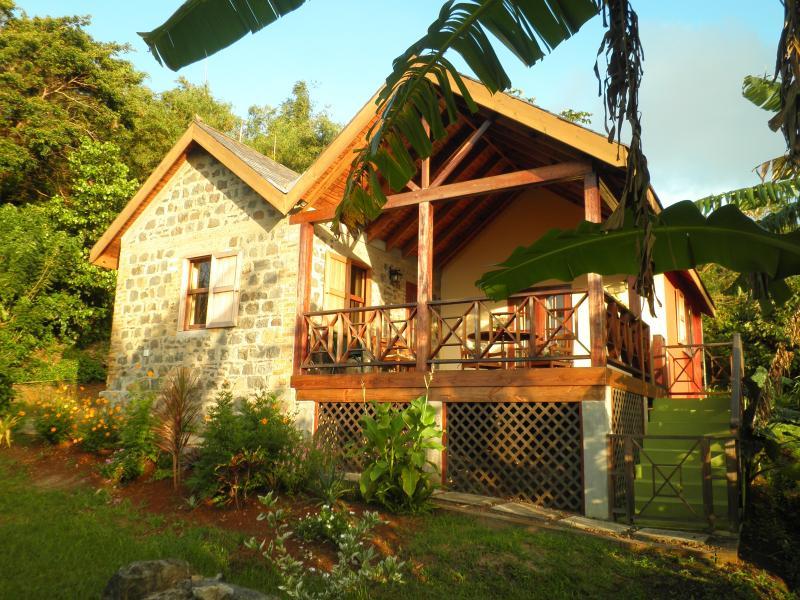 Little Cocoa Cottage - Little Cocoa - a unique, hideaway holiday cottage - Saint David's - rentals