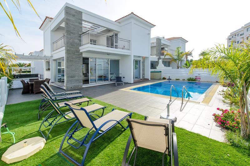 Villa Harbour - Image 1 - Pervolia - rentals