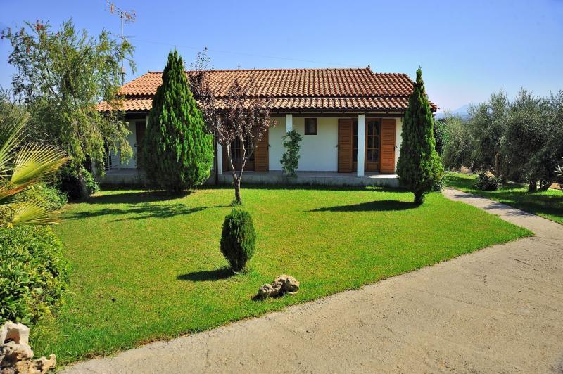 10 guest Villa in Rethymno - Image 1 - Rethymnon - rentals
