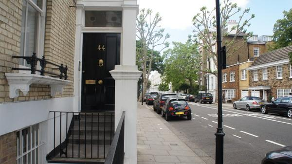 Facade - The Hollywood Apartment - London - rentals