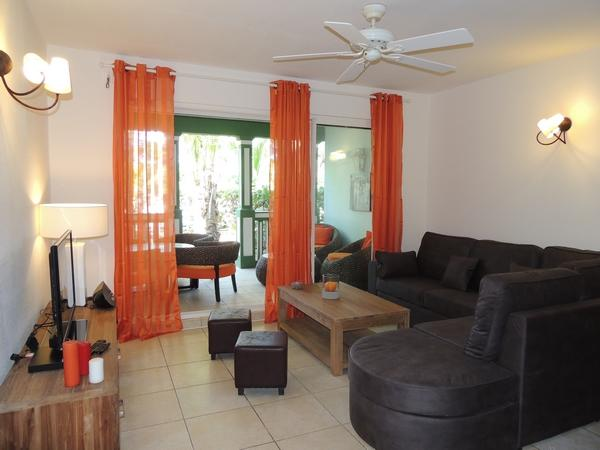 Great Two Room Apartment Fully Renovated - Image 1 - Orient Bay - rentals