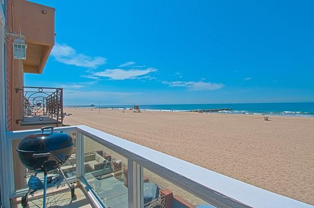 Balcony & View - 3703 B Seashore Drive- Upper 4 Bedroom 3 Baths - Newport Beach - rentals