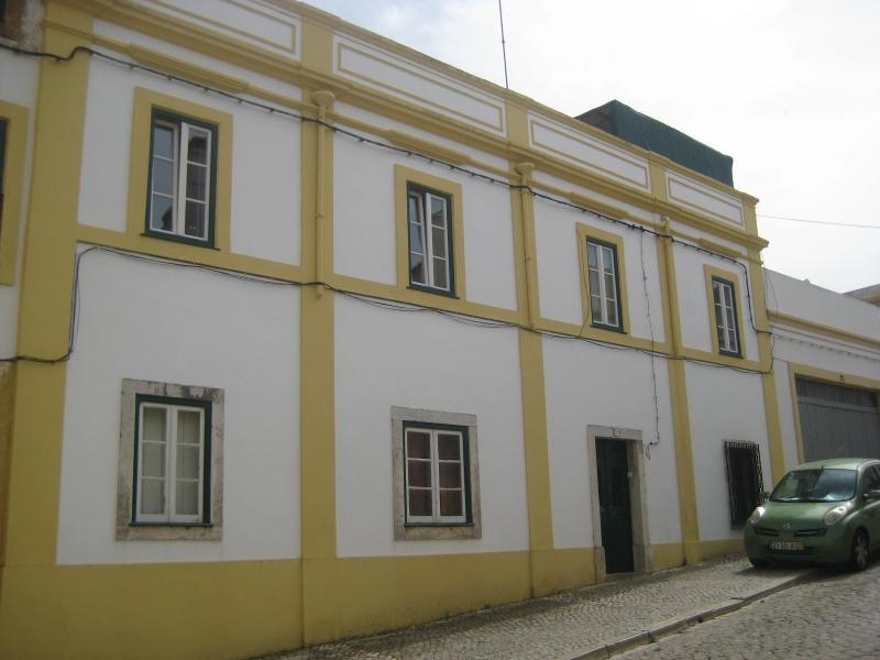 Traditional historical town house - front entrance - Charming traditional townhouse, great location - Santiago do Cacem - rentals