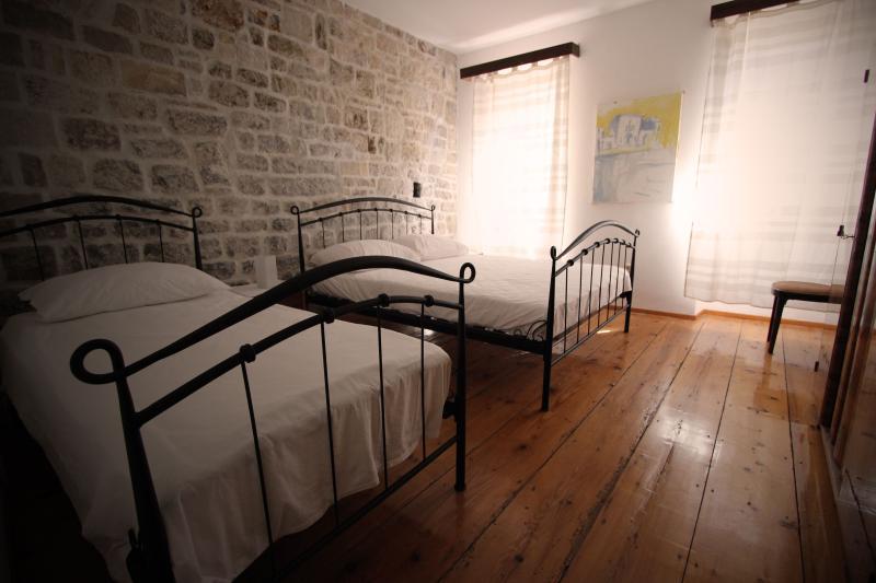 bedroom second floor - CASAVIVA II - Komiza - rentals