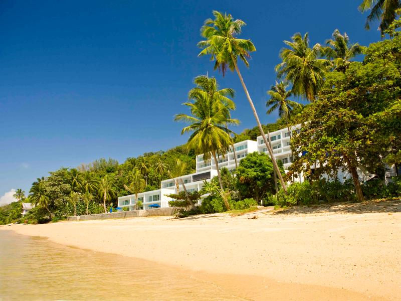 Development locates litterally on the beach - Phuket Beachfront Villas - @ B1 a 4 B/R in Ao Yon - Chalong Bay - rentals