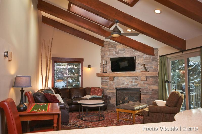 Sunny & open living room - Just remodeled, Free Vail Shuttle, Walk to Gondola - Avon - rentals