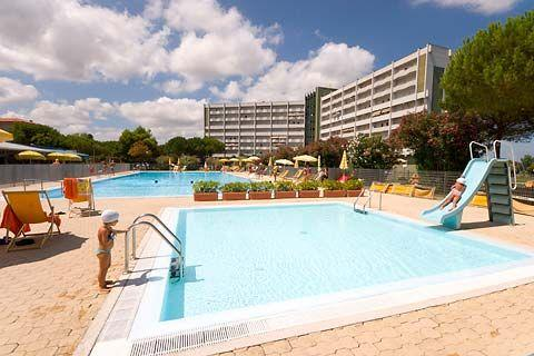Swimming pool - HOLIDAY APARTAMENT - PT.RECANATI 300mt TO THE SEA - Porto Recanati - rentals