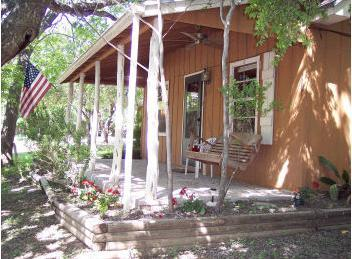 Ramsay's Cozy Cottage - Image 1 - Wimberley - rentals