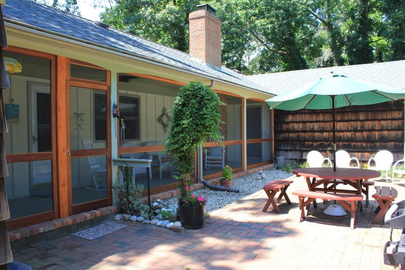 Back Patio and Porch - Peconic Perfection: Spacious, Comfortable, NF Cent - Peconic - rentals