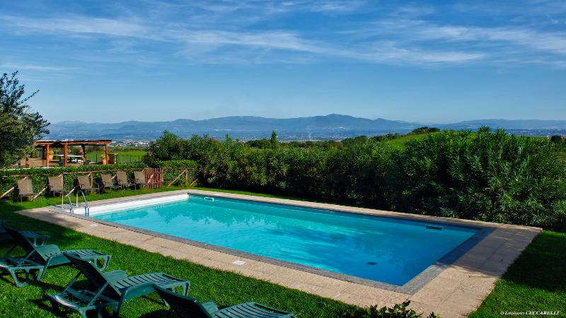 La Menta, Valle Siriaca Country House - Image 1 - Rome - rentals