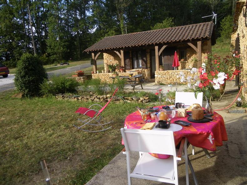vue exterieure - nice studio to be rent in Dordogne, black Perigord - Sainte-Alvere - rentals