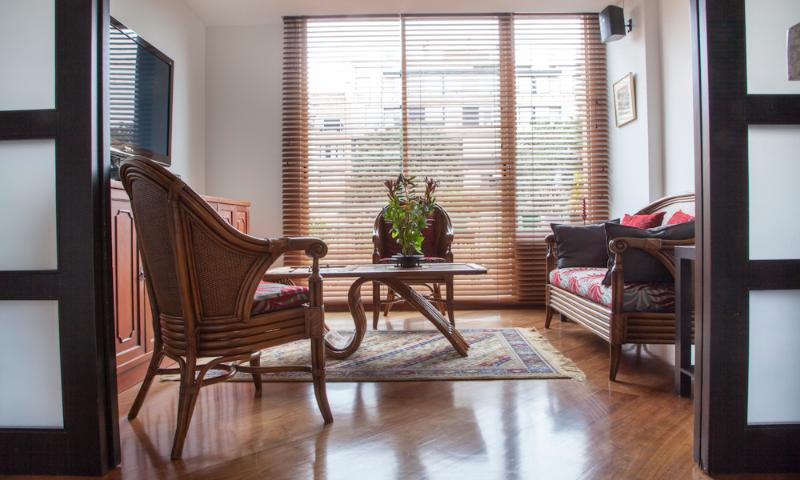 Stylish 1 Bedroom Apartment in Zona T - Image 1 - Bogota - rentals