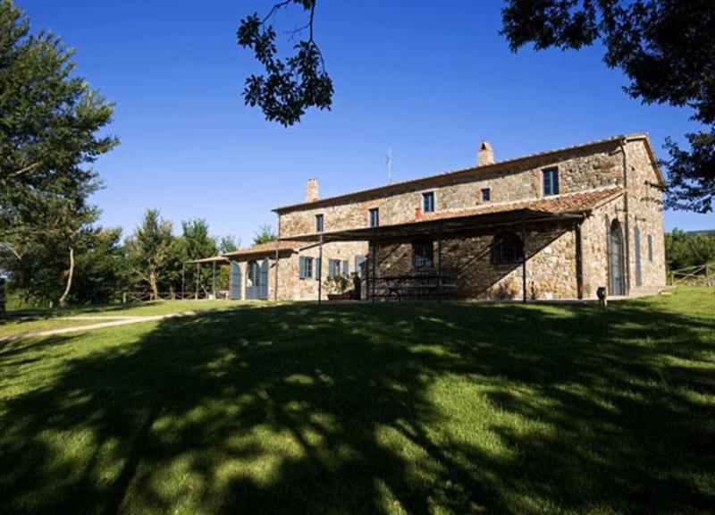 Far view of Podere Ginepraia - Villa Podere - Bibbona - rentals