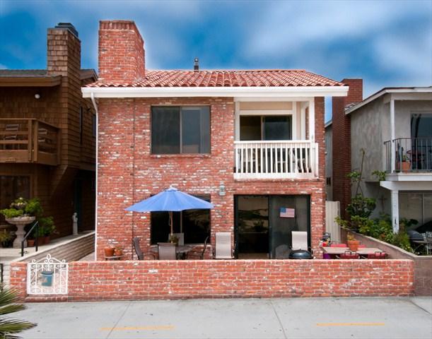 Front - 414 C East Oceanfront- Upper Rear 2 Bedroom 2 Bath - Newport Beach - rentals