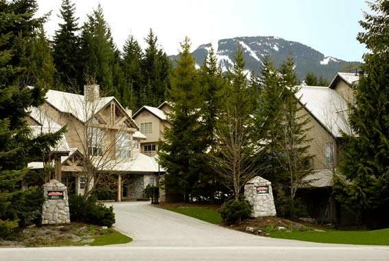 Stoneridge Complex - Luxurious Ski in/out Townhome with PRIVATE HOT TUB - Whistler - rentals