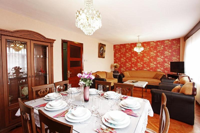 Queen.. An antique flat in the Old City. - ALL YOU NEED IN CENTER OF ISTANBUL - Istanbul - rentals