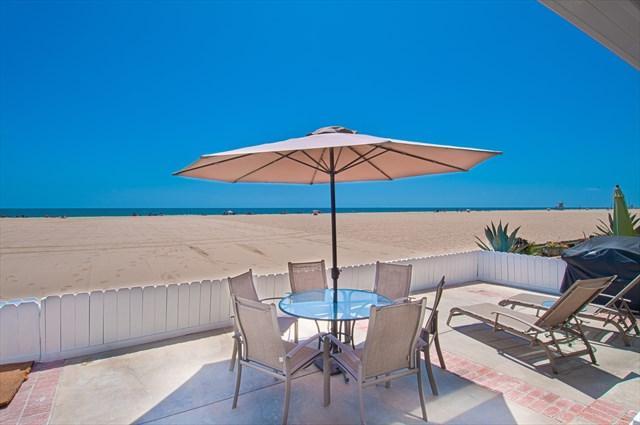 Patio & View - 5707 A Seashore Drive- Lower 3 Bedrooms 2 Baths - Newport Beach - rentals