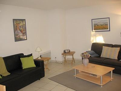 Montebello Republique 2 Bedroom Apartment with a Terrace, Cannes - Image 1 - Cannes - rentals