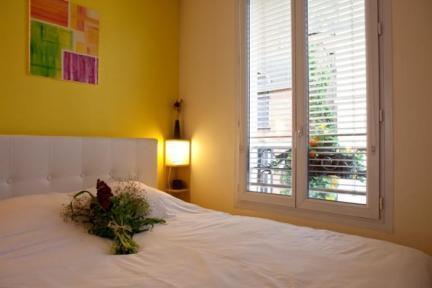 Parisien Comfort in the Heart of Montmartre - 5653 - Image 1 - Paris - rentals