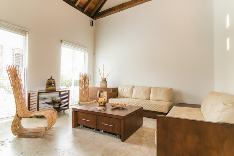 Modern 1 Bedroom with Pool in Old Town - Image 1 - Cartagena - rentals